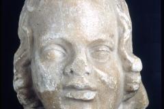 Mercanteinfiera_Testa-di-Eros-in-marmo