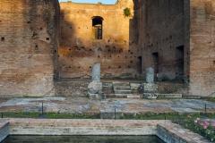 Parco-Archeologico-del-Colosseo-Foro_Romano_casa_vestali
